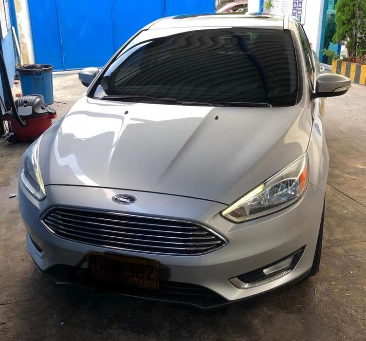 Ford Focus 2015 - 43000 km