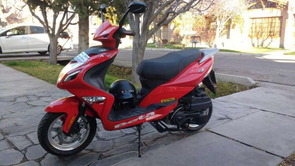 Vendo scooter Beta Arrow 150 cc