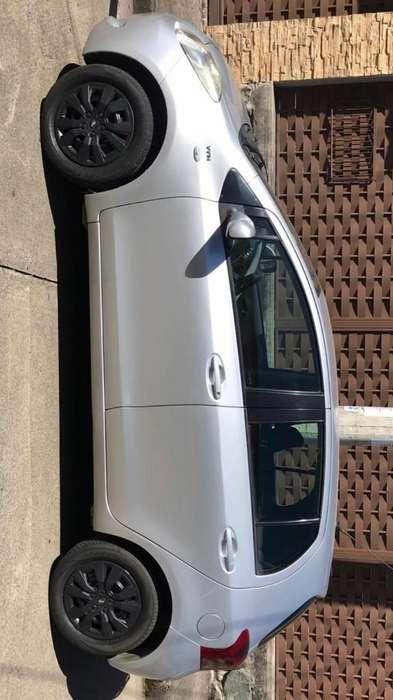 Toyota Yaris 2008 - 170000 km
