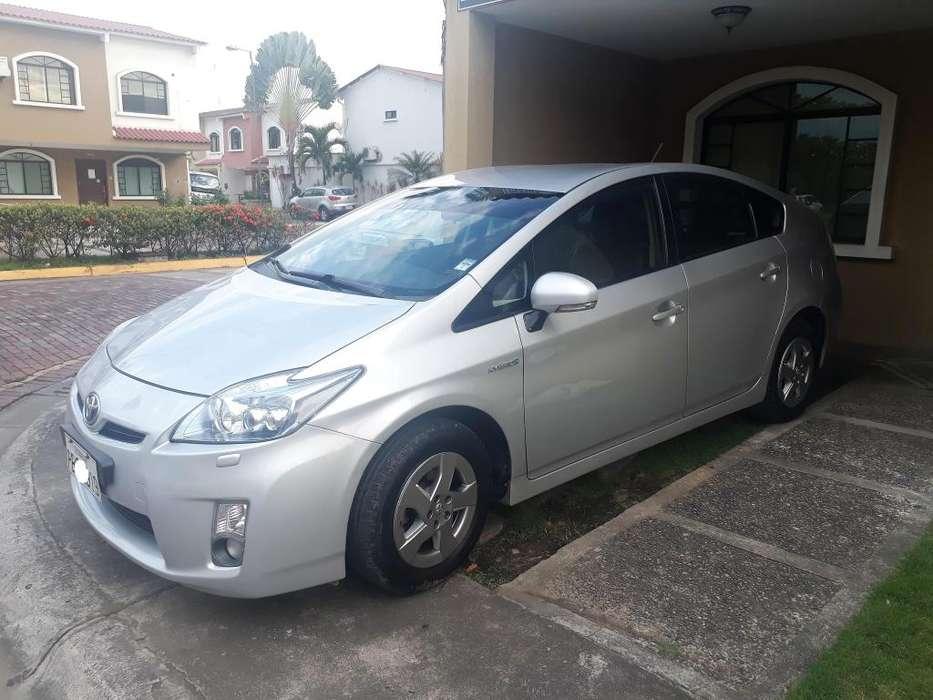 Toyota Prius 2010 - 120000 km