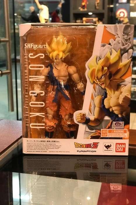 Super Saiyan Son Goku Bandai