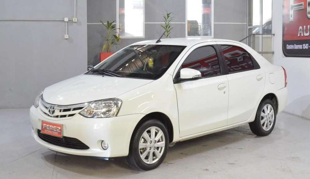 <strong>toyota</strong> Etios 2015 - 61000 km