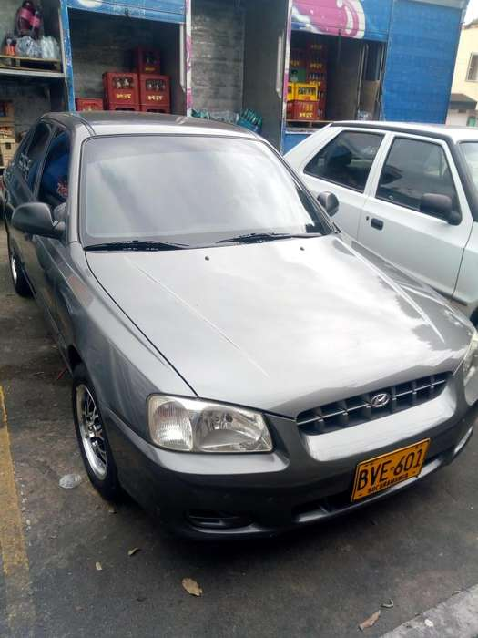 <strong>hyundai</strong> Accent 2003 - 200 km