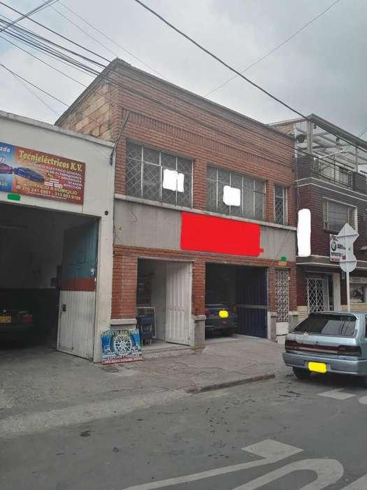 EL_PUNTO_DE_LA_PERMUTA VENDE CASA BODEGA COMERCIAL RIONEGRO 680 MILLONES. UBICADISIMA. PROPONGA