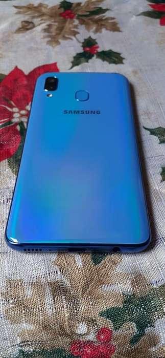 Vendo Samsung A40 Es Nuevo 1mes de Uso
