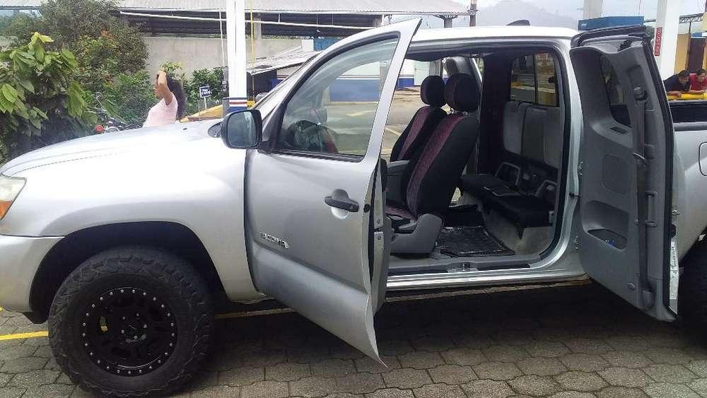 Toyota Tacoma 2007 - 200000 km