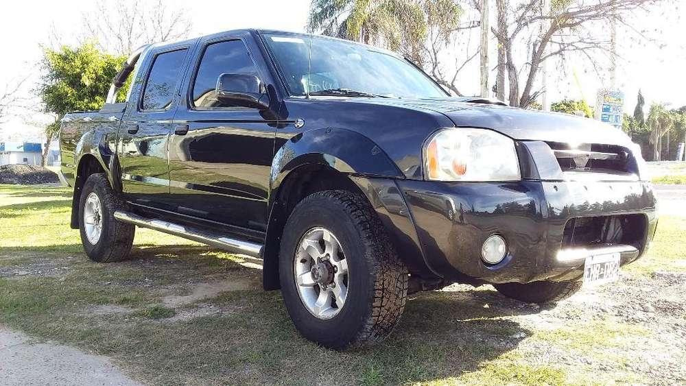 Nissan Frontier 2004 - 340000 km