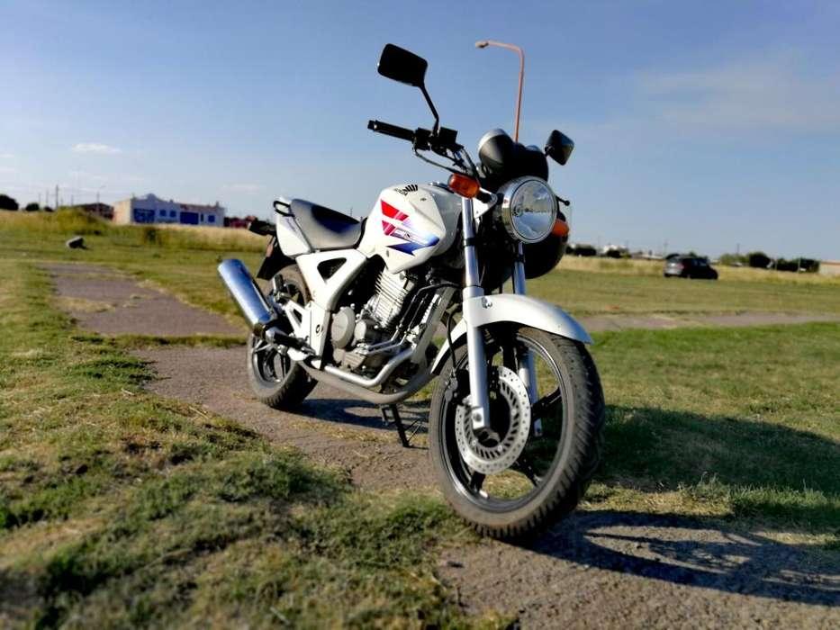 <strong>honda</strong> Twister 250cc