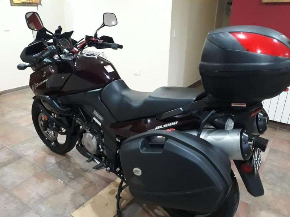 Vendo <strong>suzuki</strong> V Strom DL 1000 ' Impecable'