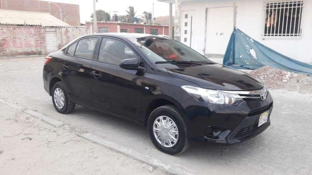 Toyota Yaris 2014 - 126000 km