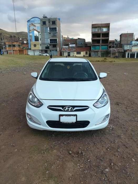 Hyundai Accent 2012 - 92300 km