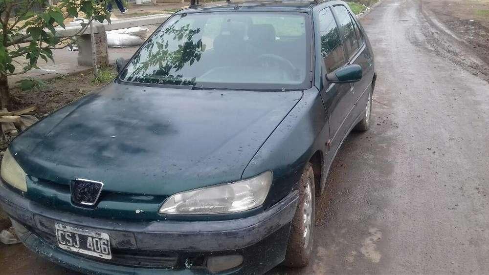 Peugeot 306 1999 - 10000 km
