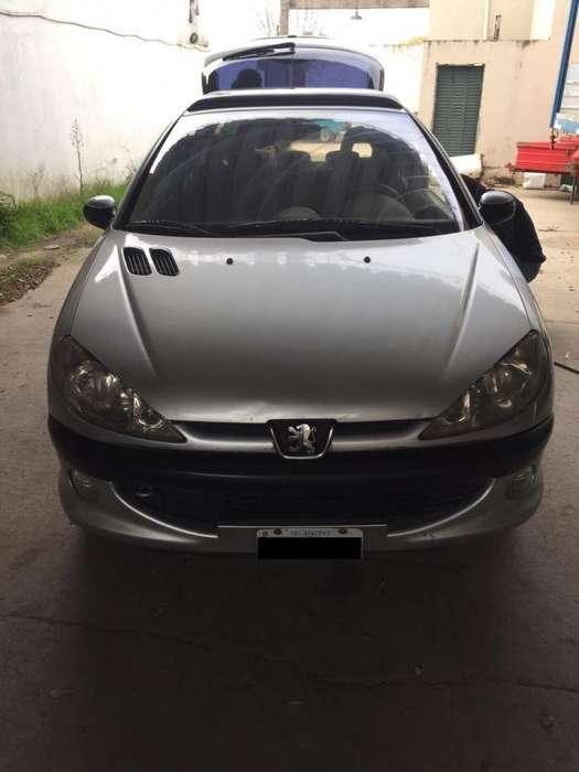 Peugeot 206 2003 - 175000 km