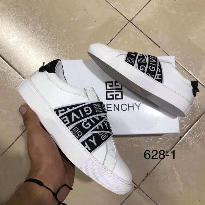 Zapatillas Clasicas