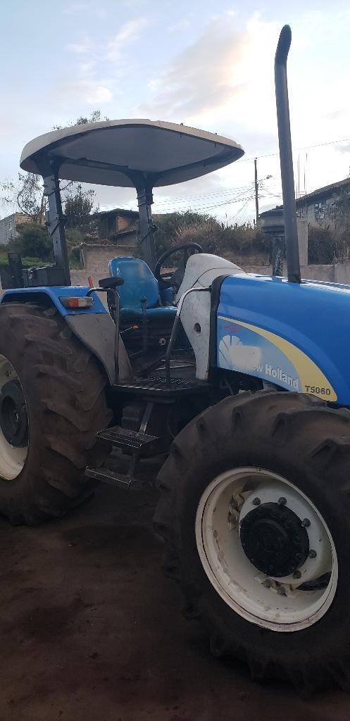 Vendo Tractor New Holland