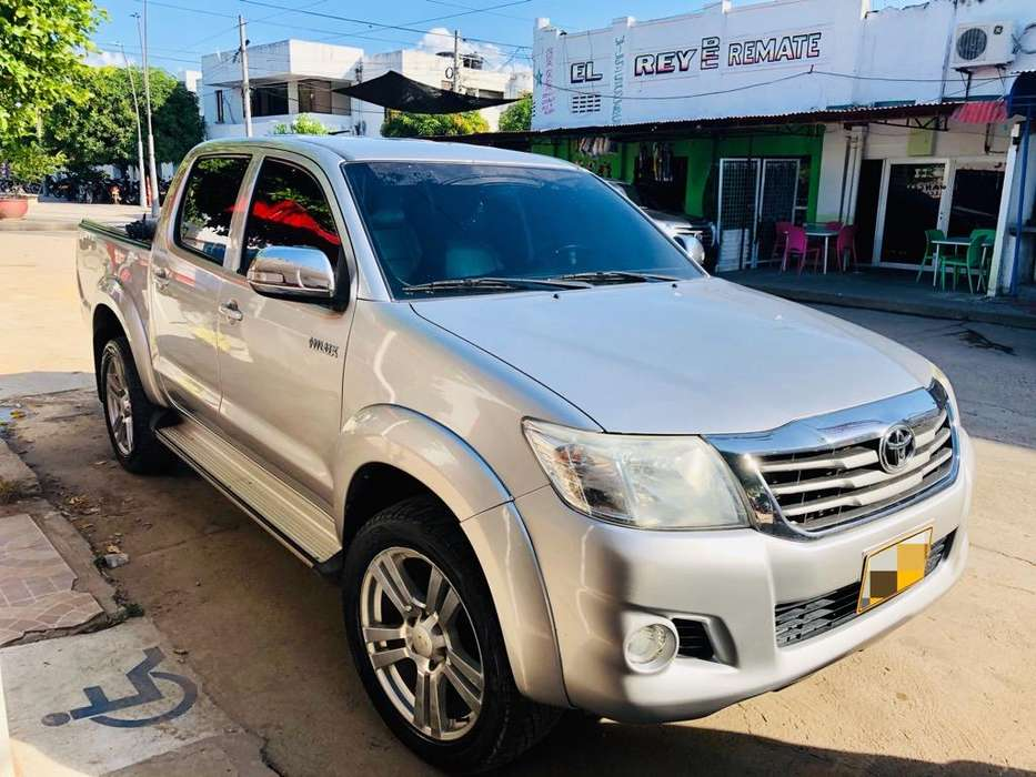 Toyota Hilux 2013 - 108000 km
