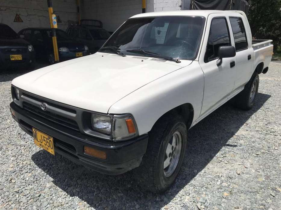 <strong>toyota</strong> Hilux 1993 - 209178 km