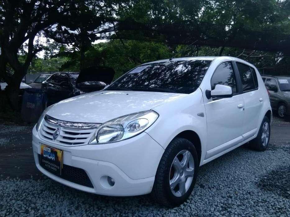 Renault Sandero 2012 - 143630 km