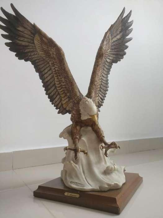 Porcelana Aguila Giuseppe Armani