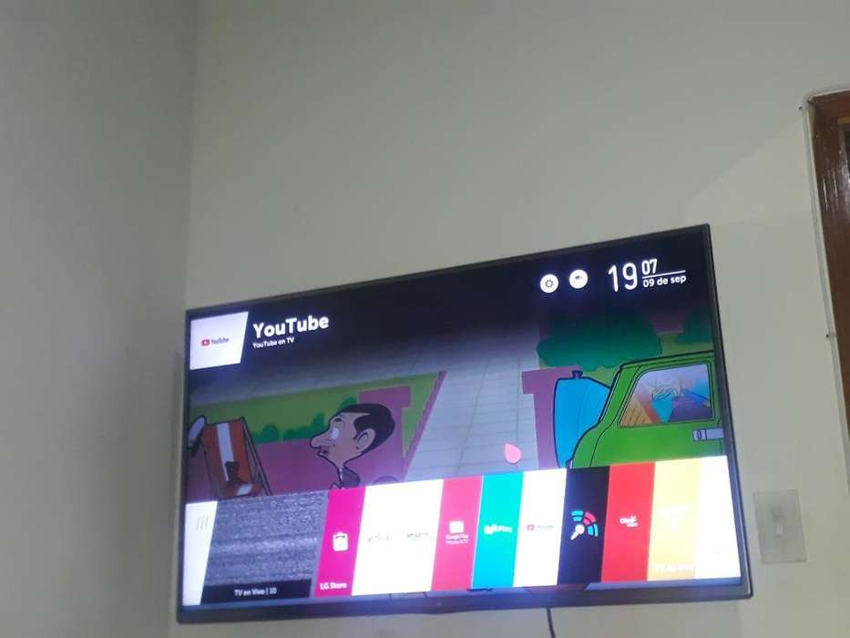 Tv Smart Tdt 50 Lg con Base de Pared