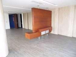Oficina de Lujo Excelente Ubicación 446 m²