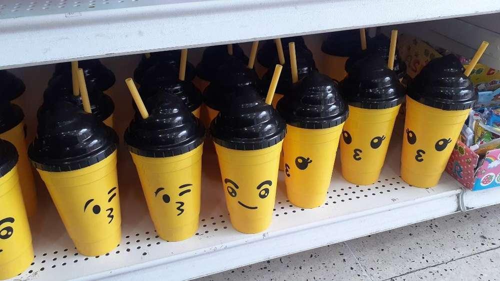 Lindos Vasos Pitillo de Emoji 12 Vasos