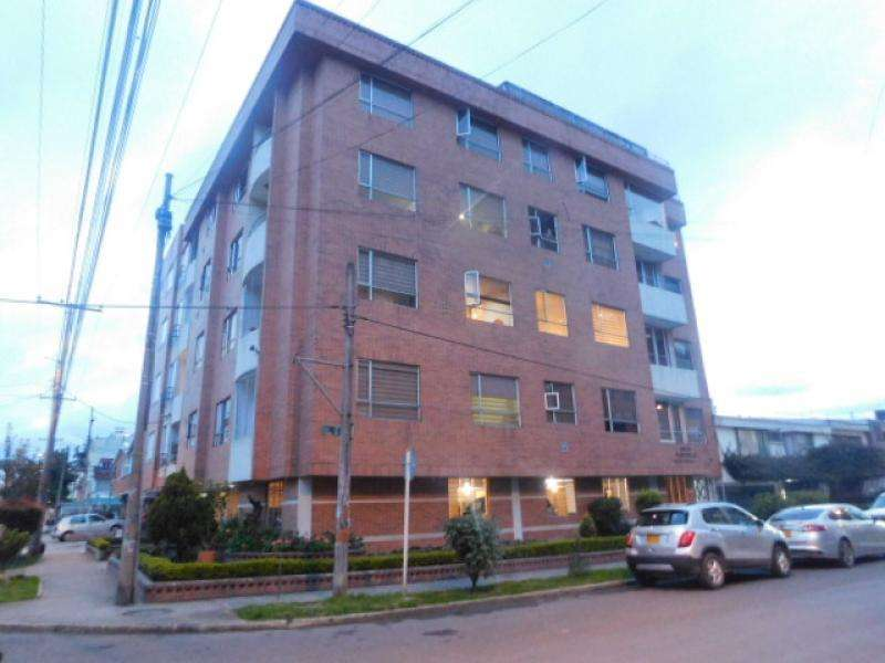 Apartamento En Venta En Bogota Quinta Paredes Cod. VBAAV110144