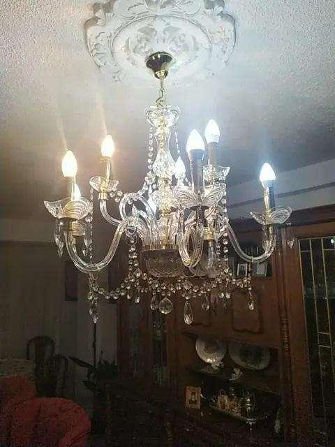 lampara en cristal y metal