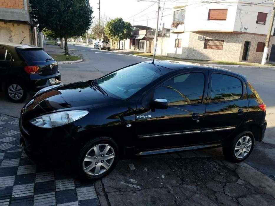 Peugeot 207 2013 - 75000 km