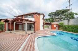 Casa campestre en venta en Pereira 90496-0 - wasi_1250823