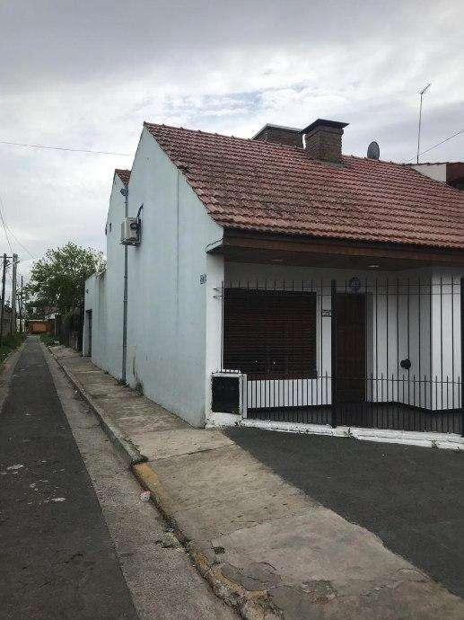 Casa en venta en Ezpeleta Oeste