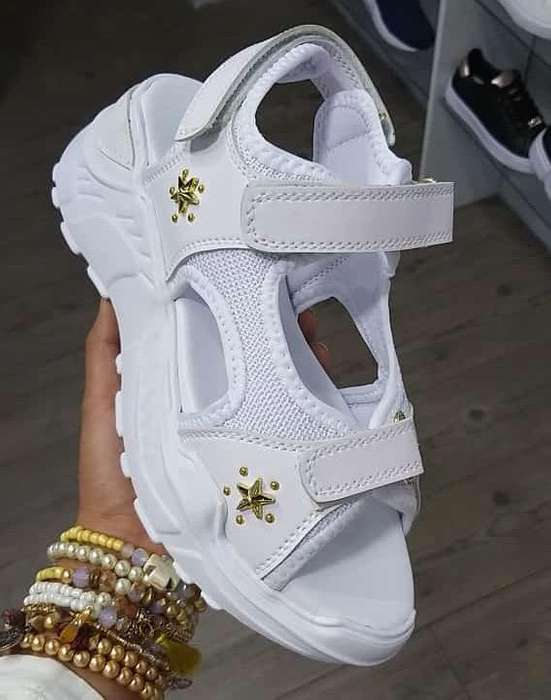 Sandalias Hermosas para Ti