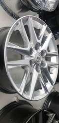 Rin 18 6 huecos. Medida 139 mm. Para Toyota