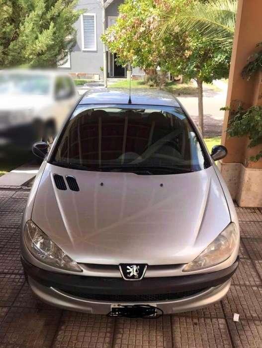 Peugeot 206 2010 - 109000 km