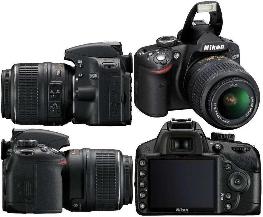 Camara Nikon D3200 con Muchos <strong>accesorios</strong>