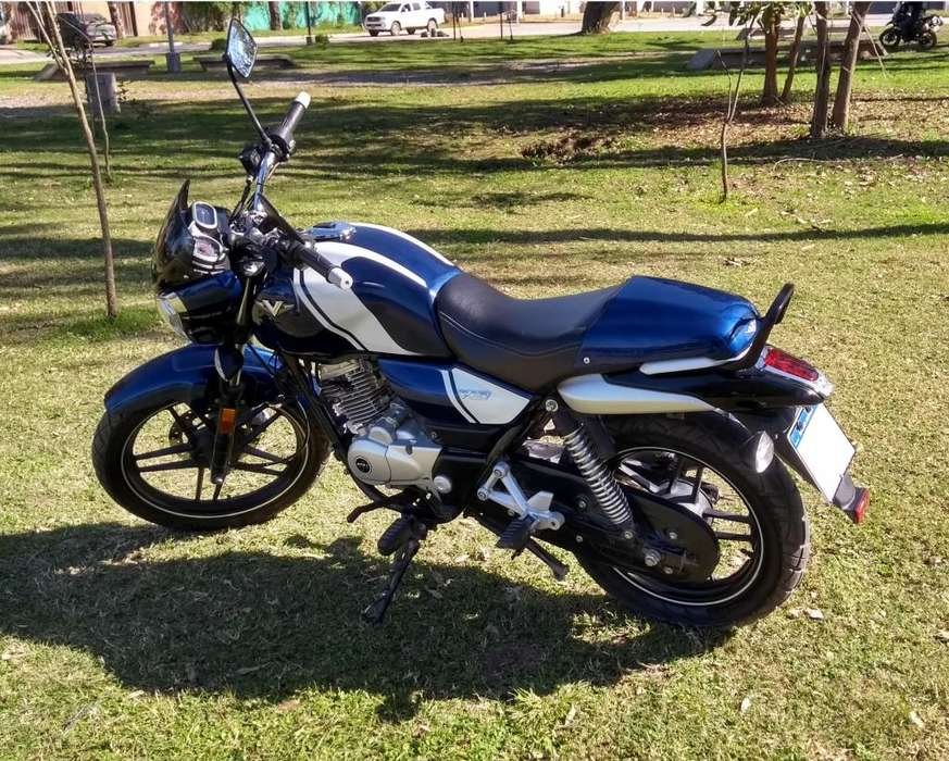 Moto Bajaj V15 Imperdible.