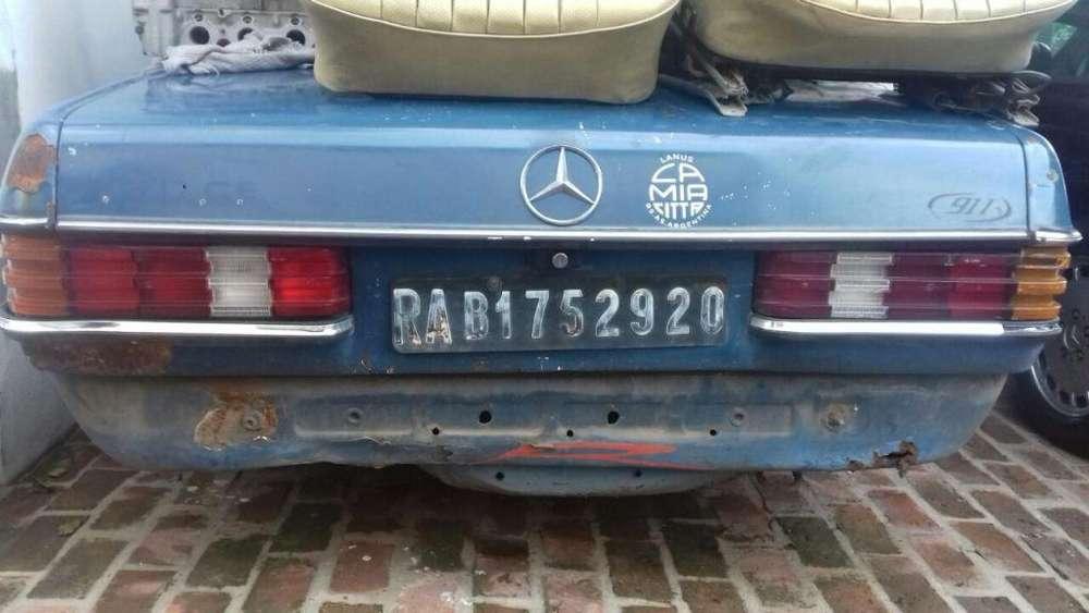 Mercedes-Benz 230 1981 - 100000 km