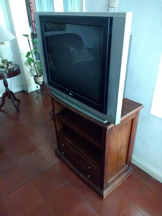 Televisor Lg Flatron 29 con Mesa Y Envío