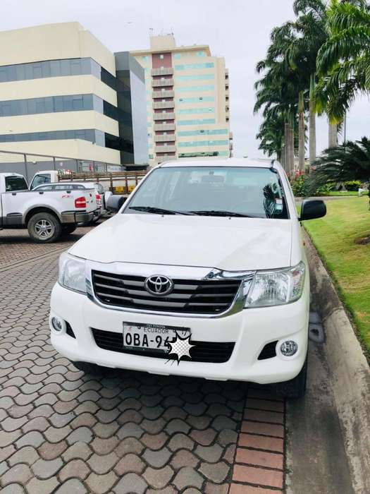 Toyota Hilux 2015 - 126000 km