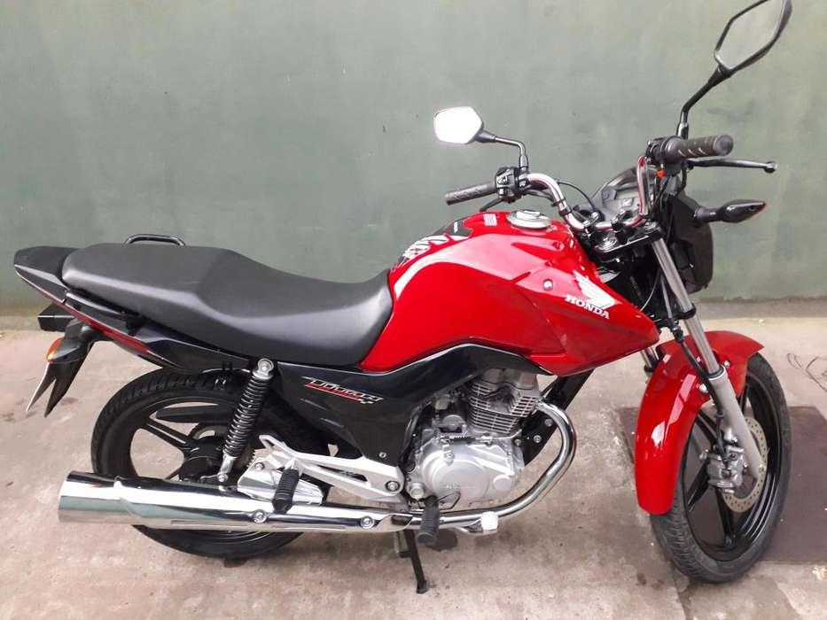 VENDO MOTO <strong>honda</strong> TITAN A UN PRECIO INCREÍBLE!! IMPECABLE!! OPORTUNIDAD!!