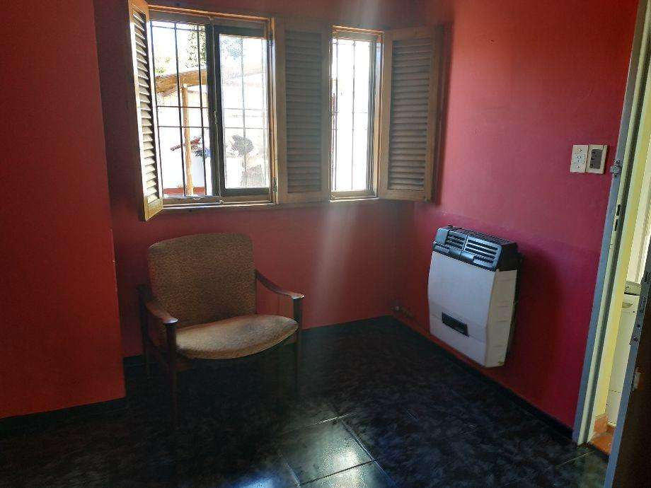 Casa PH en alquiler en Quilmes Este