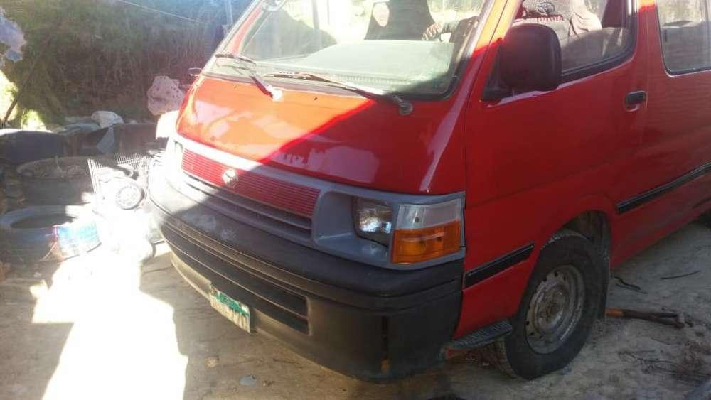 Remato Mi Combi Toyota 2l Año 1996
