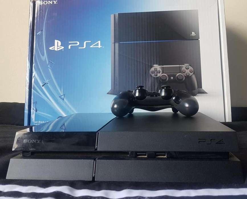 Ps4 Play 4 Con Caja 11 Juegos PES 2020, Playstation Plus Online y más