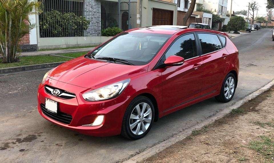 Hyundai Accent Hatchback 2013 - 68000 km