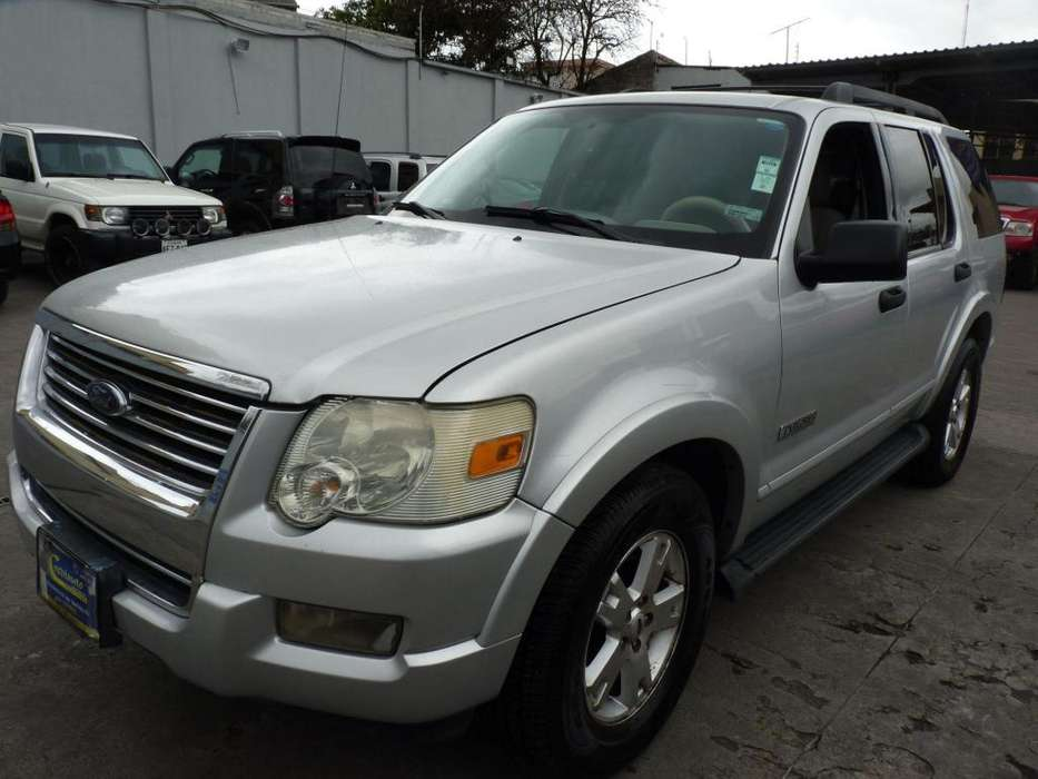 Ford Explorer 2007 - 180131 km