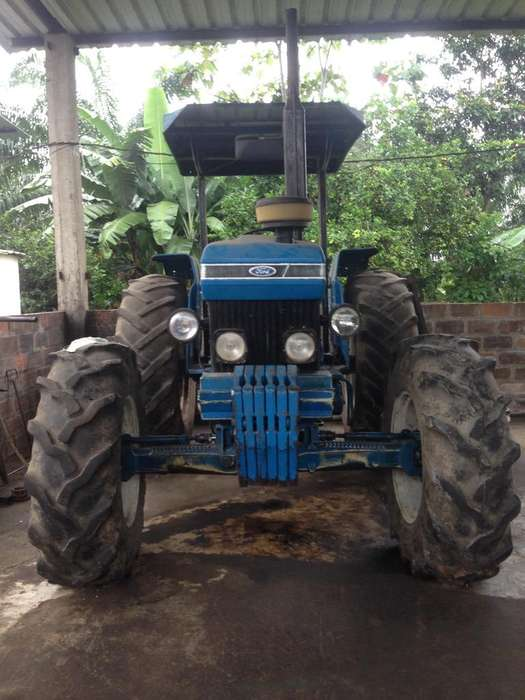 Tractor Ford 7610 DT (4X4) Brasileño