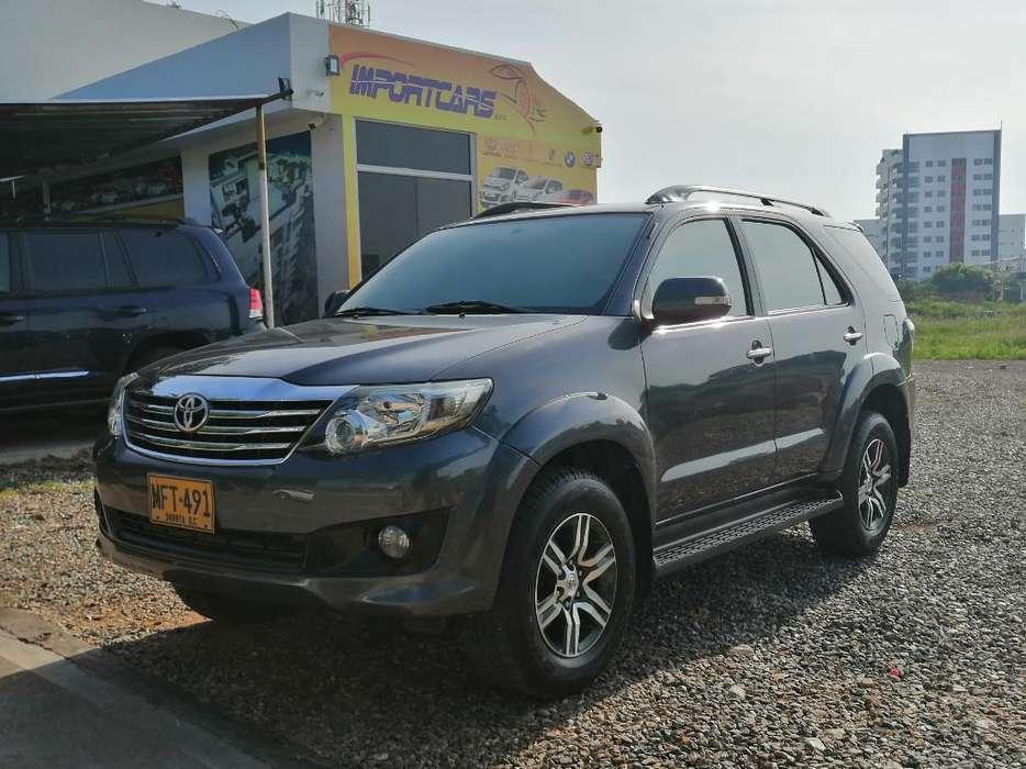 Toyota Fortuner 2012 - 92000 km