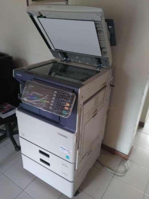 Multifunción Láser Color Toshiba E-studio 3555c