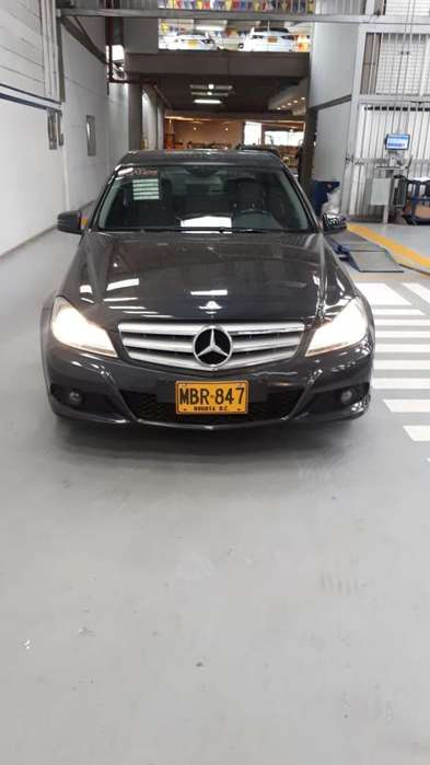 <strong>mercedes-benz</strong> Clase C 2012 - 75000 km