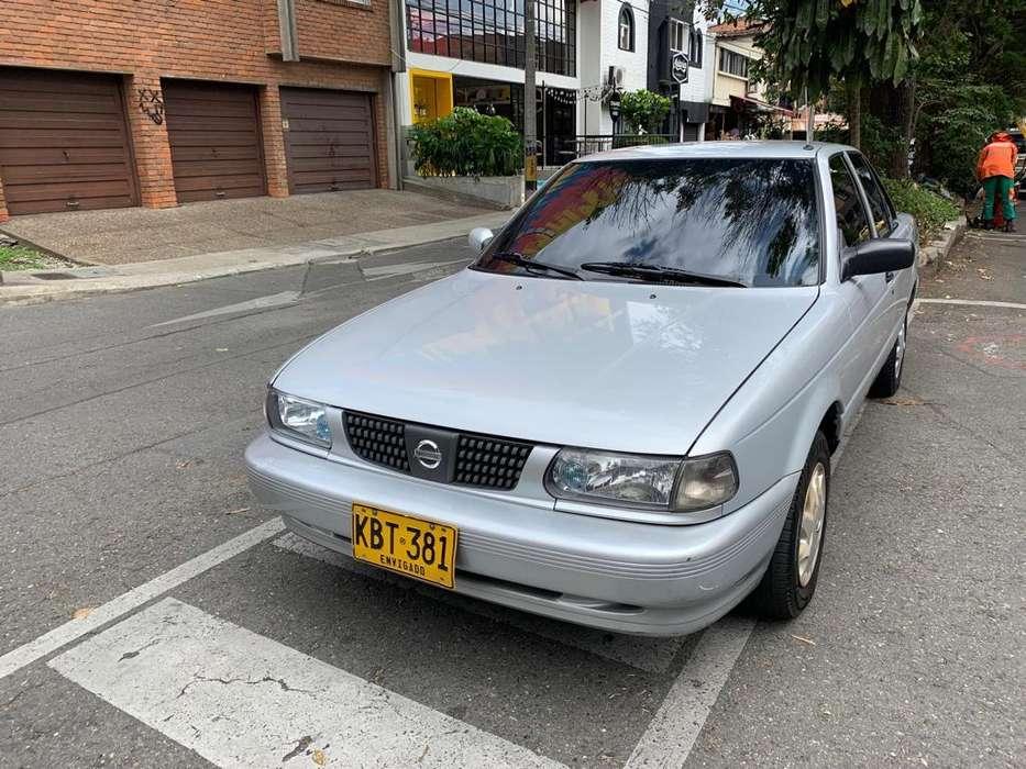 Nissan Sentra 2011 - 105000 km